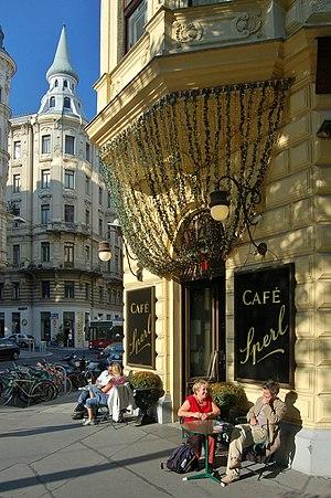 Café Sperl - Café Sperl on Gumpendorfer Straße in Vienna, Austria