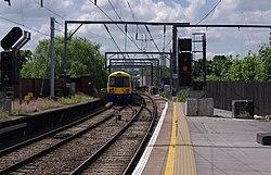 Camden Road railway station MMB 13 378230.jpg