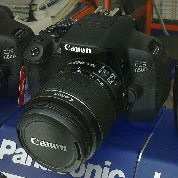 Harga dan Spesifikasi Kamera Canon EOS 650D