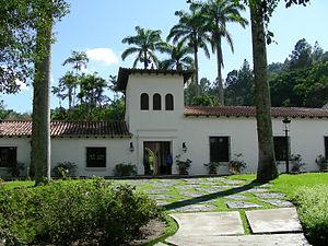 Casa del rectorado 002.jpg