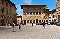 Cassa di Risparmio di Volterra, Piazza dei Priori-8343.jpg