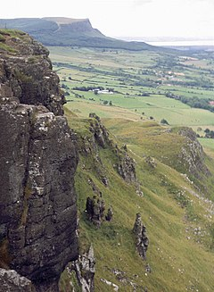 Castle-rock-derry.jpg