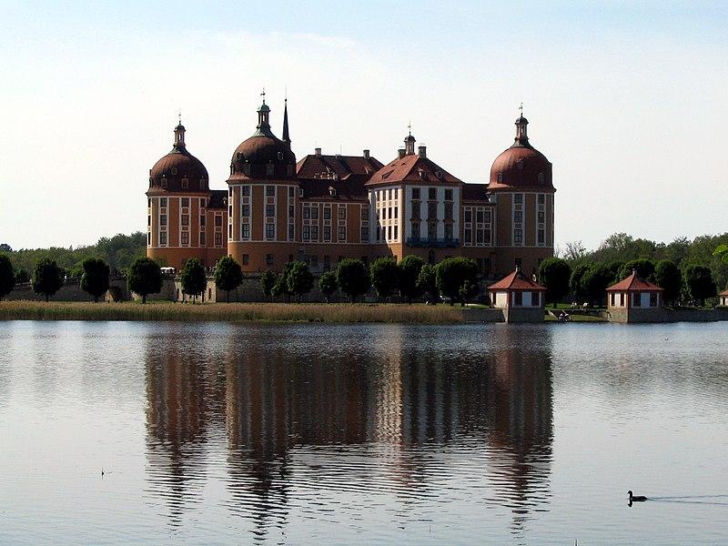 File:Castle Moritzburg 2004.jpg