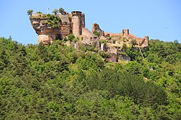 Castle Peyrelade high on the rock above the Tarn valley - panoramio.jpg