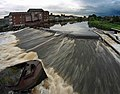 Castleford weir - geograph.org.uk - 930969.jpg