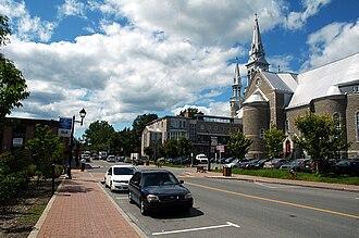 Saint-Jérôme, Quebec - Image: Cathedrale st jerome pour Wikipedia Yvan Leduc auteur 5 aout 09