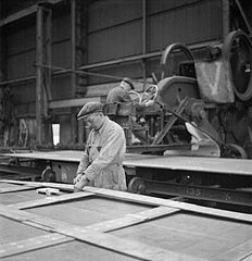 Cecil Beaton Photographs- Tyneside Shipyards, 1943 DB131.jpg