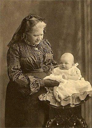 Daniel Nicols - Célestine Nicols with her grand-daughter Louisa Lucie Anne Nicols Pigache in 1879