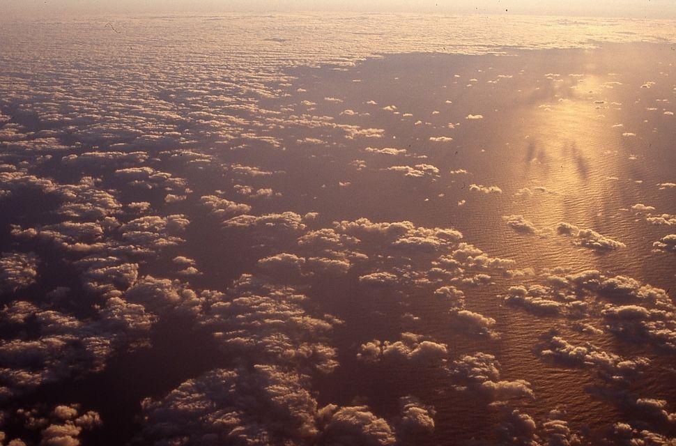 CloudsPlane