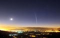 Comet Lovejoy above Santiago, 2011-12-22.jpg