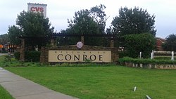 Conroe welcome sign, located at the corner of SH 105 and Dallas St.
