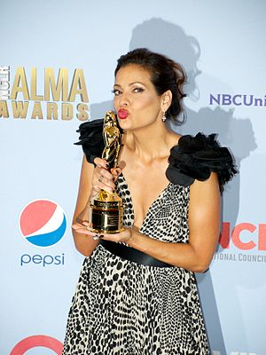 ALMA Award - Constance Marie kissing her trophy at the ALMA Awards