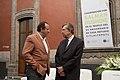 Conversando con Salman Rushdie, Museo de la Ciudad de Mexico (15451776492).jpg