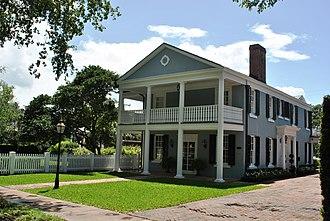 Coral Gables Villages - Image: Coral Gables 2012 187