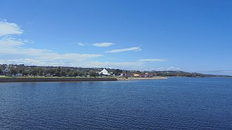 Lakes Entrance, Victoria - Image: Cunningham Arm at Lakes Entrance