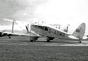 DH.89A Rapide G-AGWR Morton AS RWY 16.07.50 edited-2.jpg