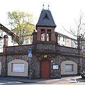 Darmstadt-Stützmauer-Herderschule.jpg