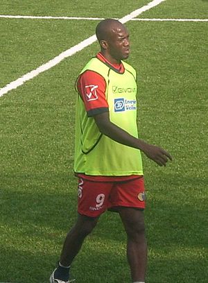 David Suazo - Suazo training for Catania in 2011