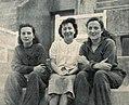 De G. à D. Monique, Suzanne et Lucette Berlioux, en août 1939.jpg