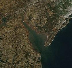 Delaware Bay en invierno desde arriba