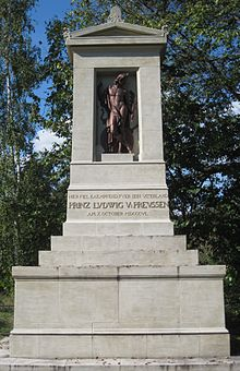 Das von Schinkel und Tieck geschaffene Denkmal (Quelle: Wikimedia)