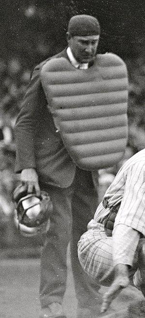 Dick Nallin - Nallin umpiring in 1925