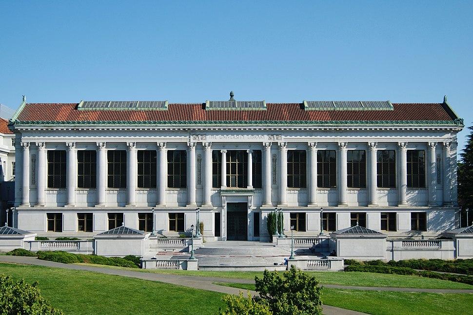 Doe Library, main facade, July 2018