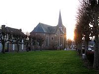 Domqueur place centrale 1.jpg