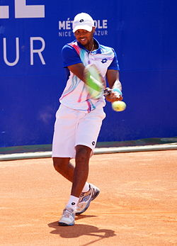 Donald Young revers Nice 2014.JPG
