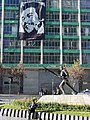 Downtown Scene with Monument and Che Guevara Poster - La Paz - Bolivia (3777000168).jpg