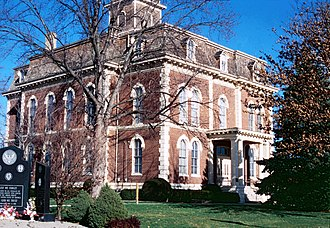 Effingham, Illinois - Old Effingham County Courthouse