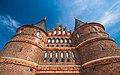 Eintracht drinnen, Friede draussen, Lübeck, Holstentor. - panoramio.jpg
