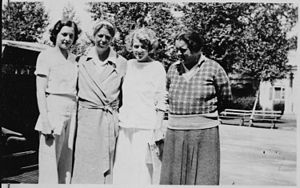 Eleanor Roosevelt and Lorena Hickok - NARA - 1...