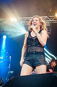 Ellie Goulding - Ilosaarirock 2014 5.jpg