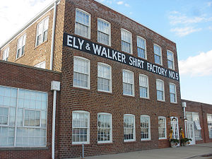 Kennett, Missouri - Image: Ely & Walker Shirt Factory 5 221 South Main Street Kennett Mo