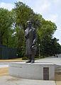 Estatua Aníbal González.jpg