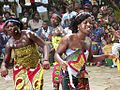 Ewa Bobobo Dance (21108858484).jpg
