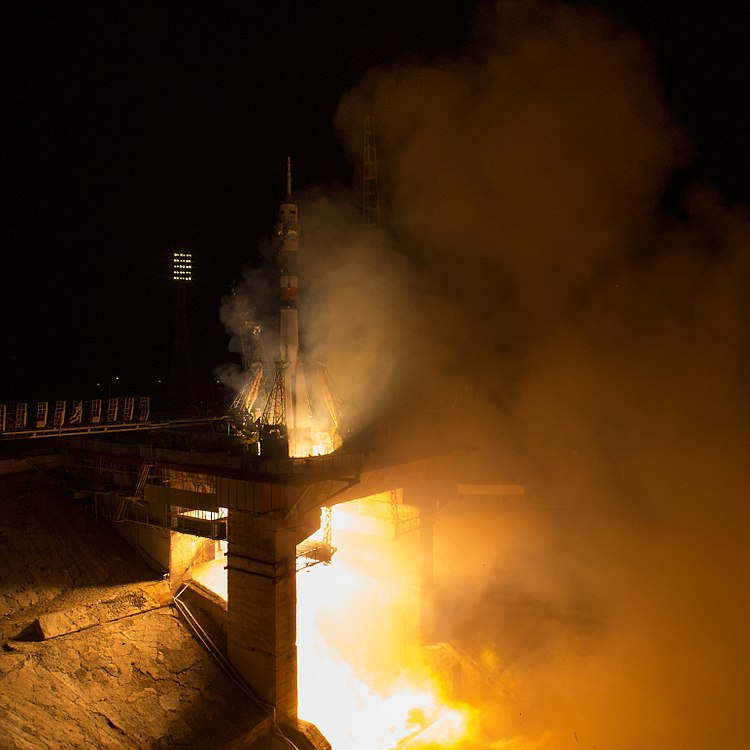 Expedition 53 Soyuz Launch (NHQ201709130007).jpg