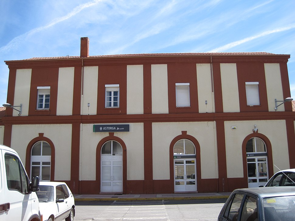 Fachada estación de Astorga