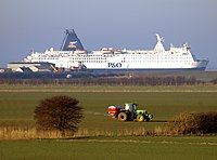 Fertiliser, Farming and Ferry - geograph.org.uk - 1737437.jpg