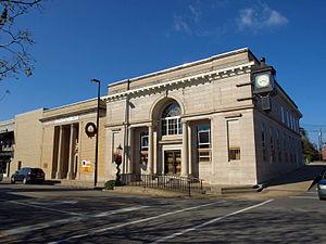 Post Office Historic District (Greenville, Alabama) - Image: First National Bank Greenville Nov 2013