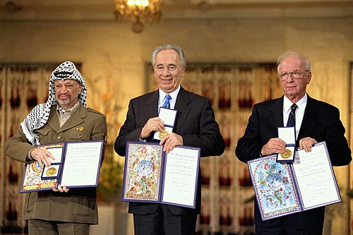 Flickr - Government Press Office (GPO) - THE NOBEL PEACE PRIZE LAUREATES FOR 1994 IN OSLO..jpg