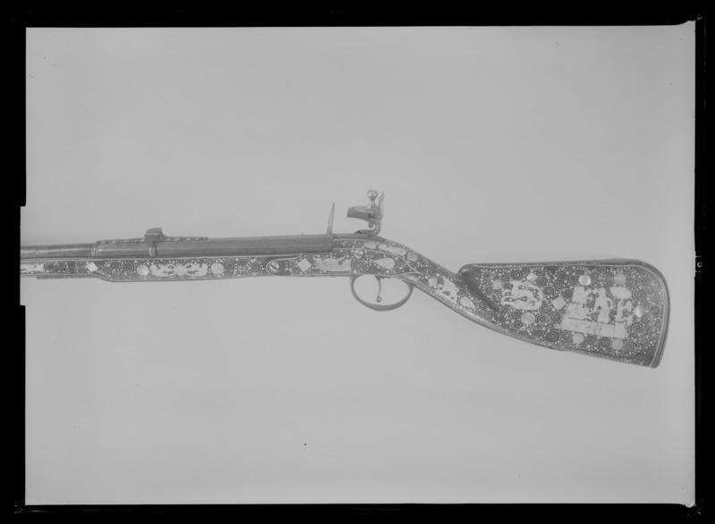 File:Flintlåsbössa, Teschen ca 1680 - Livrustkammaren - 79013.tif