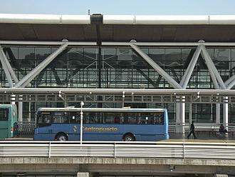 Comodoro Arturo Merino Benítez International Airport - Buses at the Departures Level