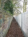 Footpath by railway cutting, Headingley - geograph.org.uk - 152525.jpg
