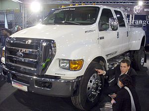 F650 Pickups - Image: Ford F 650 Super Duty