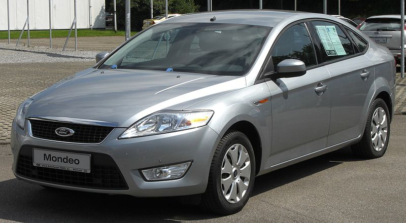 800px-Ford_Mondeo_4.Generation_Flie%C3%9Fheck_front.JPG