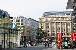 Frankfurt am Main - Blick vom Roßmarkt auf Goetheplatz1