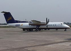 Bombardier Dash 8Q-100 der GMG Airlines in ehemaliger Lackierung