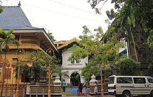 Gangaramaya Temple - Image: Gangaramaya Temple